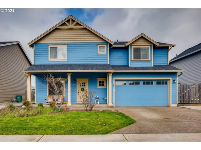 1821 N College St, Newberg, OR 97132 (MLS #21230338) :: Townsend Jarvis Group Real Estate