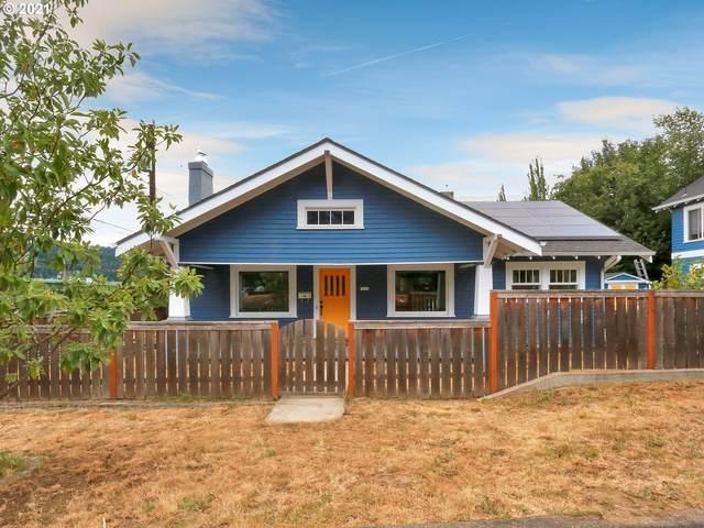 7105 N Leavitt Ave, Portland, OR 97203 (MLS #21231631) :: Cano Real Estate