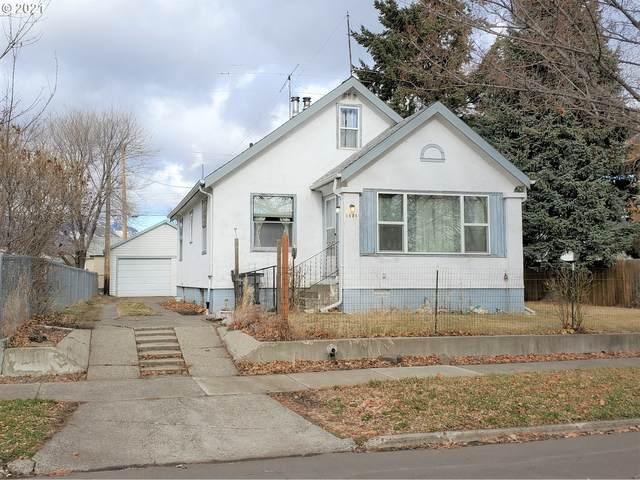1421 W Ave, La Grande, OR 97850 (MLS #21232336) :: Lux Properties