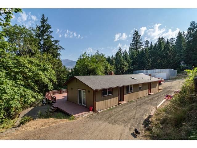 438 Bar L Ranch Rd, Glide, OR 97443 (MLS #21234314) :: Beach Loop Realty