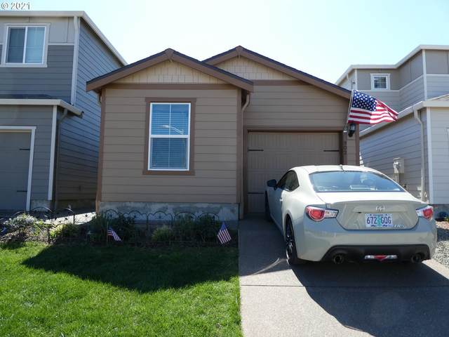 902 S View Dr, Molalla, OR 97038 (MLS #21234388) :: Song Real Estate