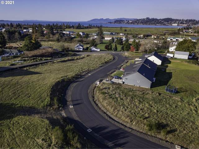 22 Bella Ridge Loop, Astoria, OR 97103 (MLS #21234935) :: Cano Real Estate