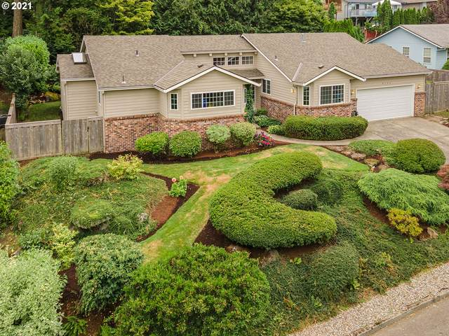 4202 SW Vacuna St, Portland, OR 97219 (MLS #21235673) :: Real Estate by Wesley