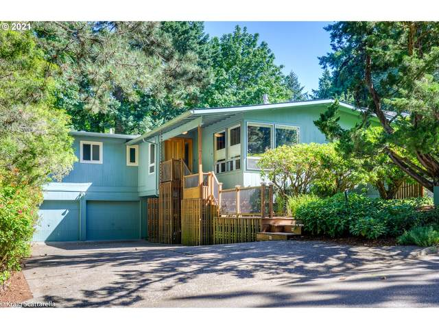 4415 SW Tunnelwood St, Portland, OR 97221 (MLS #21237007) :: The Haas Real Estate Team