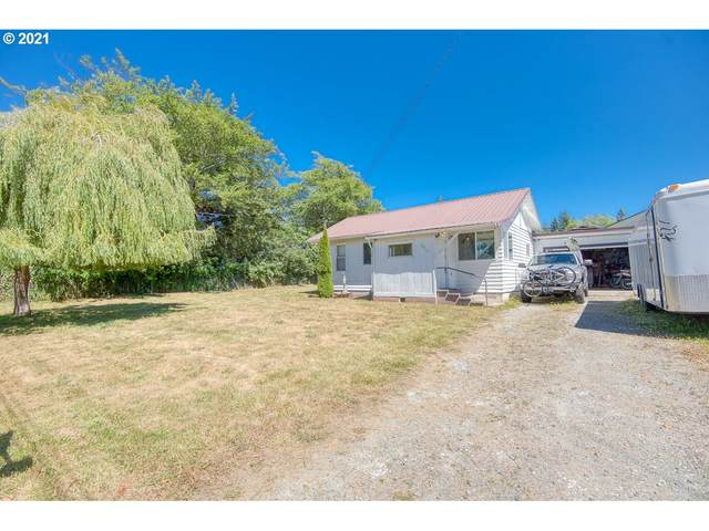 629 S Wall St, Coos Bay, OR 97420 (MLS #21237530) :: Song Real Estate