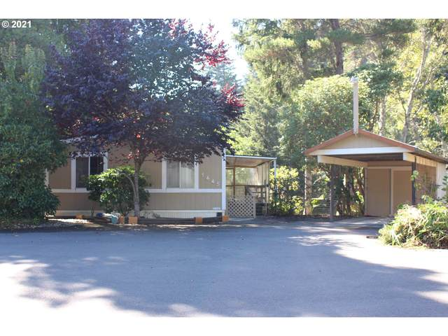 1445 Village Pines Ct, Coos Bay, OR 97420 (MLS #21238569) :: Townsend Jarvis Group Real Estate