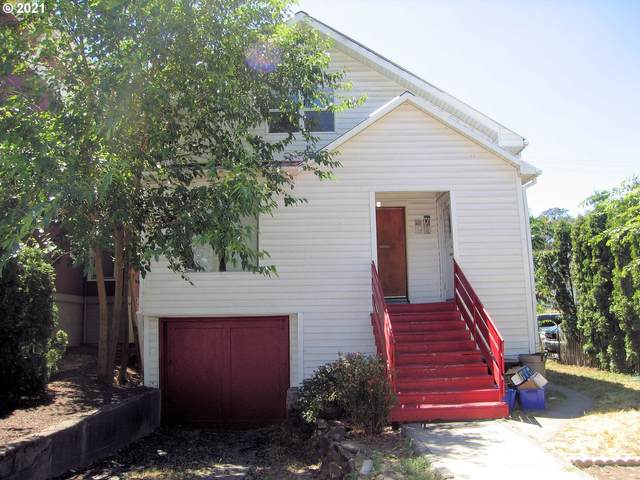 104 W 4TH, The Dalles, OR 97058 (MLS #21238880) :: Change Realty