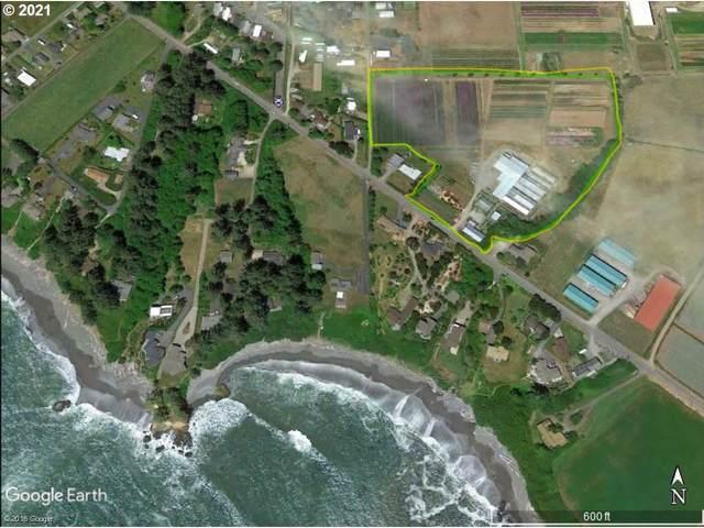 15447 Oceanview Dr, Brookings, OR 97415 (MLS #21239189) :: McKillion Real Estate Group