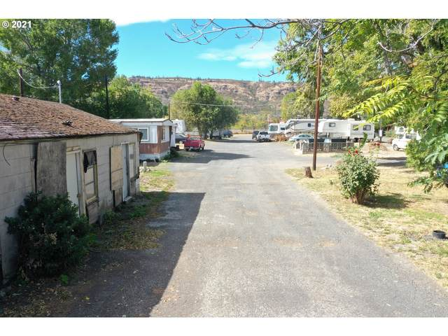 2510 W 2ND St, The Dalles, OR 97058 (MLS #21239711) :: Townsend Jarvis Group Real Estate