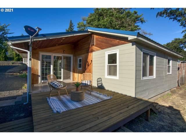 114 Klickitat St, Lyle, WA 98635 (MLS #21239982) :: Brantley Christianson Real Estate
