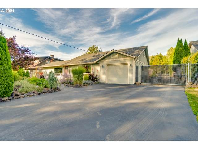 3404 Pennsylvania St, Longview, WA 98632 (MLS #21240017) :: Townsend Jarvis Group Real Estate