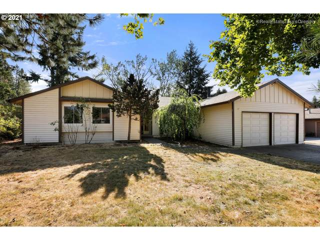13216 SE 130TH Ave, Happy Valley, OR 97086 (MLS #21244153) :: Holdhusen Real Estate Group