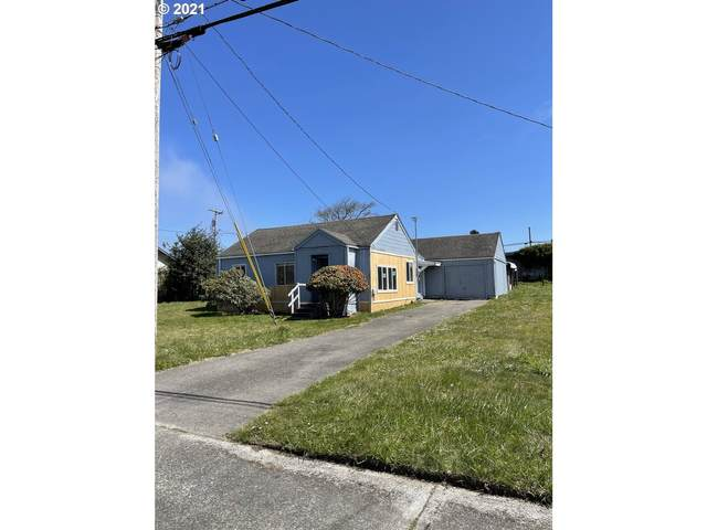 243 S Marple St, Coos Bay, OR 97420 (MLS #21244701) :: Beach Loop Realty