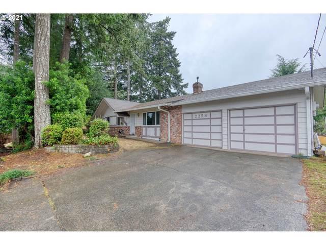 2258 Pine, North Bend, OR 97459 (MLS #21246112) :: McKillion Real Estate Group