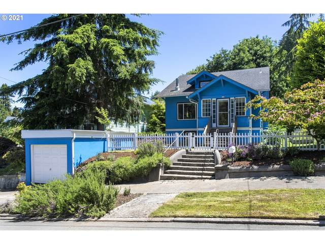 726 38th St, Astoria, OR 97103 (MLS #21247016) :: The Pacific Group