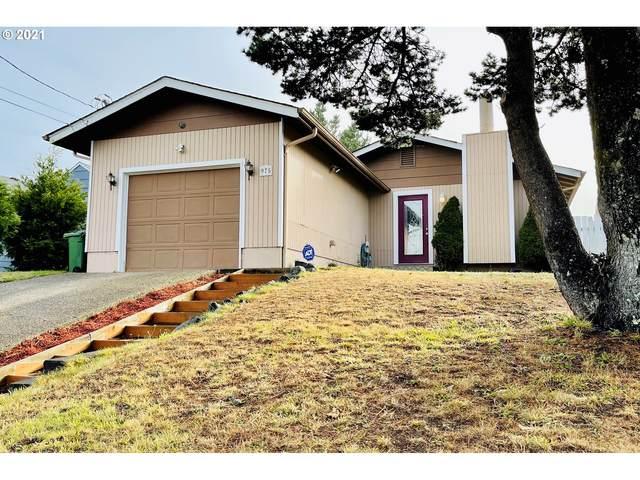 975 Crocker St, Coos Bay, OR 97420 (MLS #21247705) :: McKillion Real Estate Group