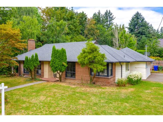 7185 SW Crestdale Ct, Portland, OR 97225 (MLS #21250008) :: Real Tour Property Group