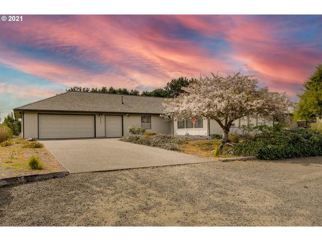 90534 Fairway Dr, Warrenton, OR 97146 (MLS #21251091) :: The Pacific Group