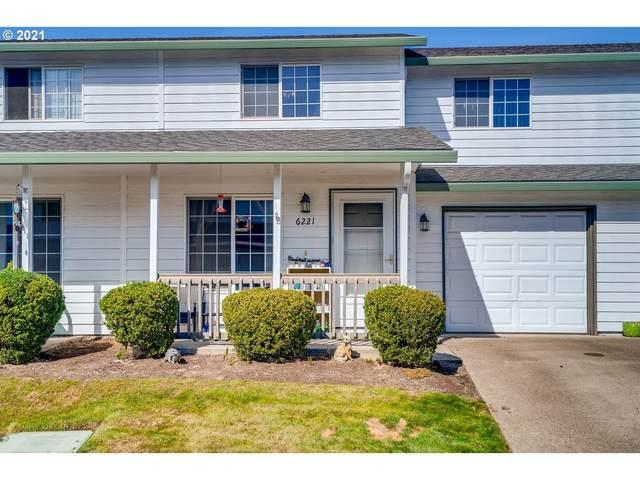 6221 SE Mariner Way, Hillsboro, OR 97123 (MLS #21252561) :: Windermere Crest Realty