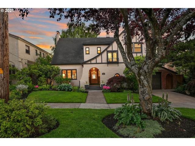 3818 NE Alameda St, Portland, OR 97212 (MLS #21252946) :: Real Tour Property Group