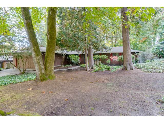 10022 SW 52ND Ave, Portland, OR 97219 (MLS #21253509) :: Real Tour Property Group
