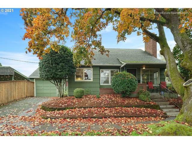 2830 SE 23RD Ave, Portland, OR 97202 (MLS #21253542) :: The Pacific Group