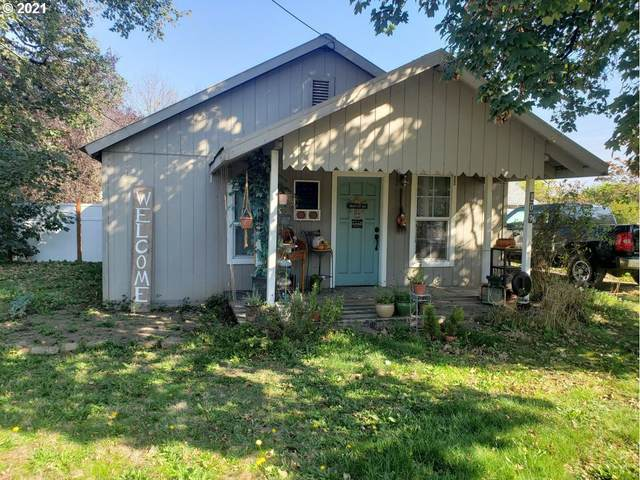 209 W 3RD St, Molalla, OR 97038 (MLS #21254246) :: Lux Properties