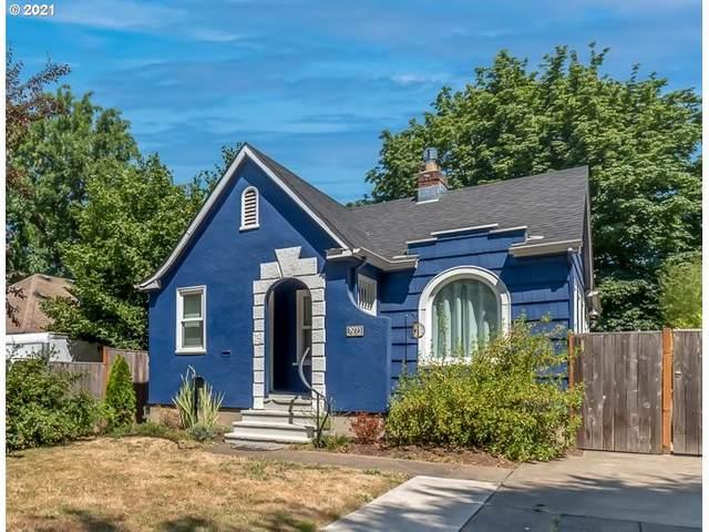 1071 W 8TH Ave, Eugene, OR 97402 (MLS #21254665) :: McKillion Real Estate Group