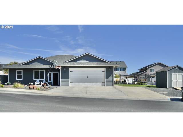 1820 SW 2ND St, Pendleton, OR 97801 (MLS #21254918) :: Townsend Jarvis Group Real Estate