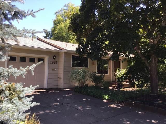 1935 Tyler St, Eugene, OR 97405 (MLS #21254933) :: McKillion Real Estate Group