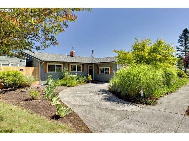 12245 NE Russell St, Portland, OR 97230 (MLS #21256010) :: McKillion Real Estate Group