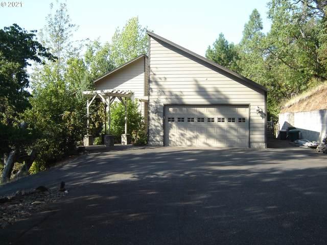1372 SE Laurel Ct, Roseburg, OR 97470 (MLS #21256023) :: Townsend Jarvis Group Real Estate