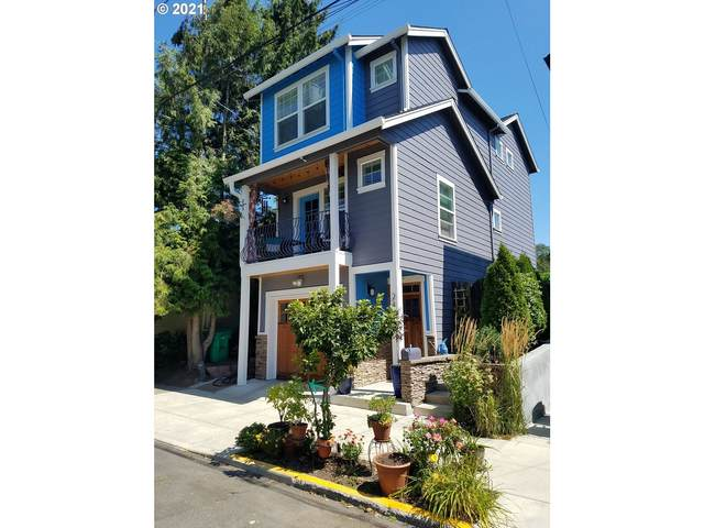 2126 SE 48TH Ave, Portland, OR 97215 (MLS #21256387) :: Coho Realty