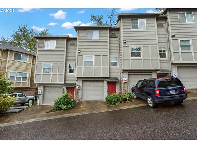4930 SW 1ST Ave, Portland, OR 97239 (MLS #21256594) :: Song Real Estate