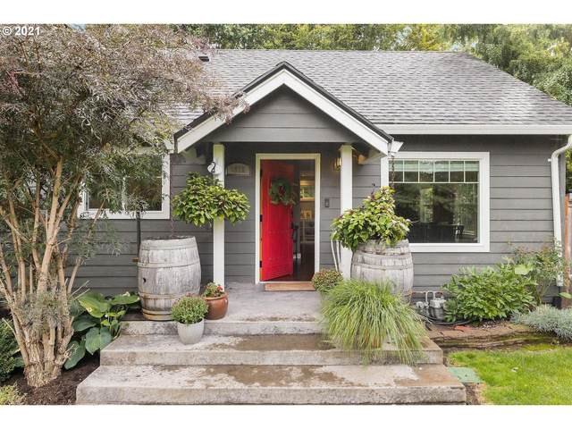 1932 NE 111TH Ave, Portland, OR 97220 (MLS #21256654) :: The Pacific Group