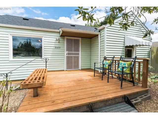 8423 N Seneca St, Portland, OR 97203 (MLS #21257018) :: Cano Real Estate
