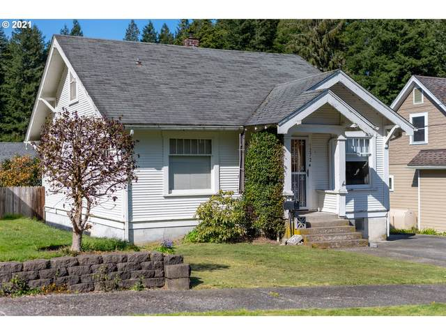 1272 Alder Ave, Coos Bay, OR 97420 (MLS #21261807) :: Beach Loop Realty