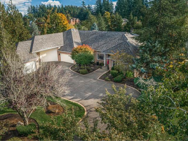 11819 SE Eastbourne Ln, Happy Valley, OR 97086 (MLS #21267008) :: The Pacific Group
