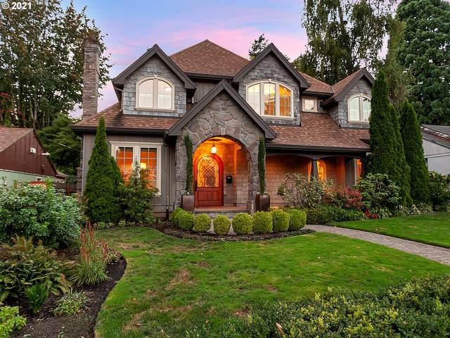720 6TH St, Lake Oswego, OR 97034 (MLS #21267251) :: McKillion Real Estate Group
