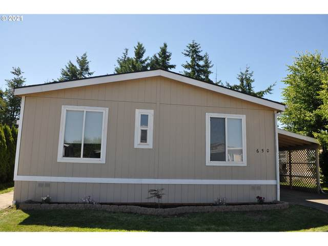 650 Village Dr, Molalla, OR 97038 (MLS #21267853) :: Premiere Property Group LLC