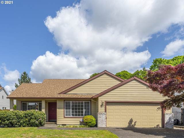 5899 SE Blossom St, Hillsboro, OR 97123 (MLS #21268991) :: Fox Real Estate Group