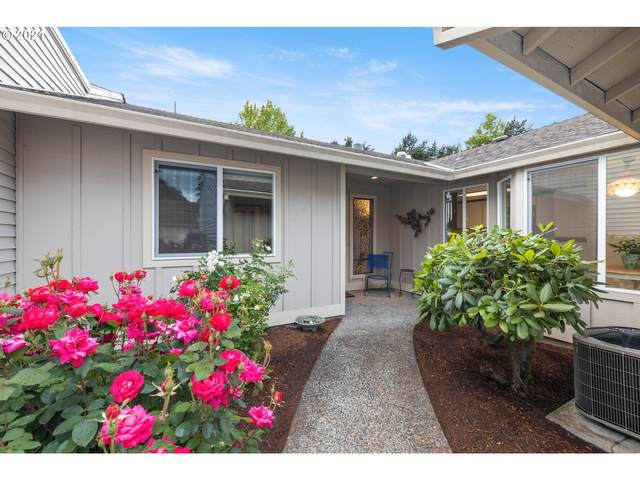9420 SW Brentwood Pl, Tigard, OR 97224 (MLS #21269448) :: McKillion Real Estate Group