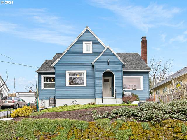 2313 N Sumner St, Portland, OR 97217 (MLS #21270662) :: Fox Real Estate Group