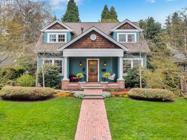 784 6TH St, Lake Oswego, OR 97034 (MLS #21270810) :: Stellar Realty Northwest
