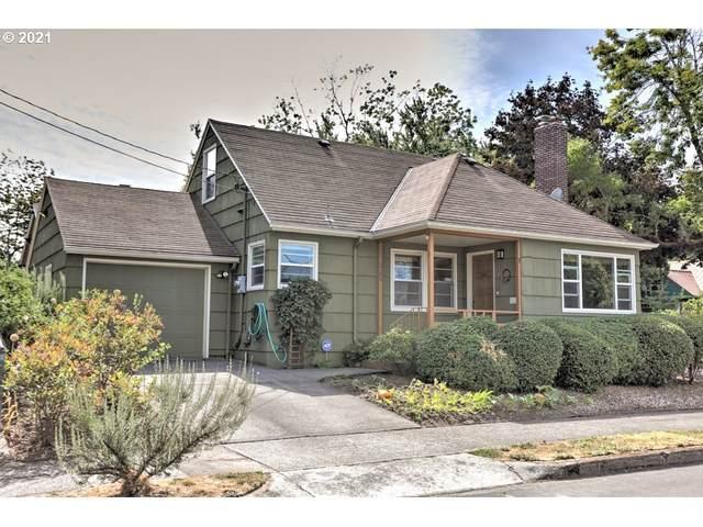 2306 NE Liberty St, Portland, OR 97035 (MLS #21272055) :: Lux Properties
