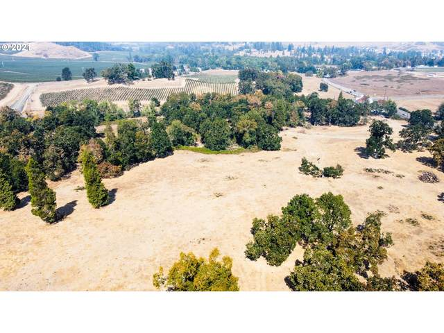 0 State Highway 42, Winston, OR 97496 (MLS #21274744) :: McKillion Real Estate Group