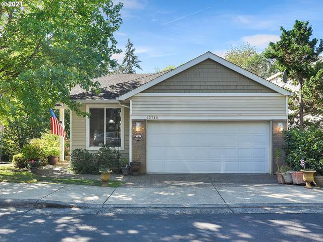 13740 SW Willow Top Ln, Tigard, OR 97224 (MLS #21275333) :: Tim Shannon Realty, Inc.