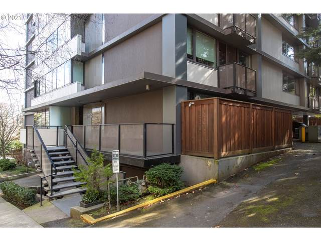 2020 SW Main St #407, Portland, OR 97205 (MLS #21276841) :: The Pacific Group
