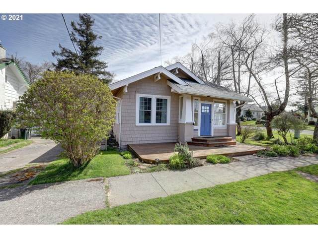 1390 5th St, Astoria, OR 97103 (MLS #21277511) :: Premiere Property Group LLC