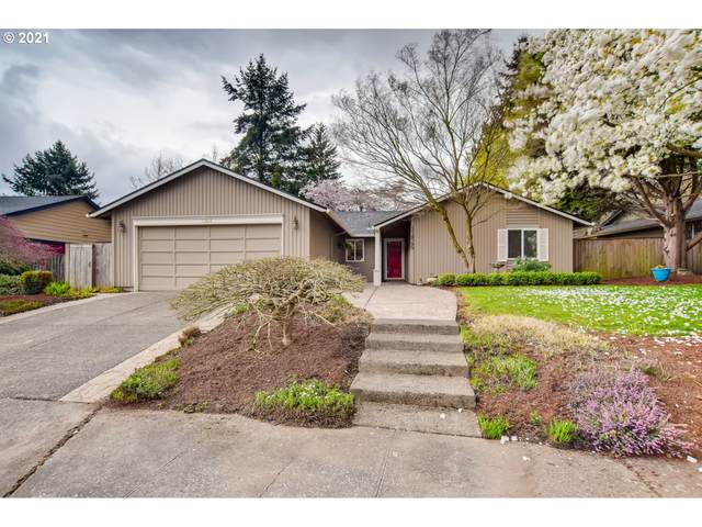 11865 SW Schollwood Ct, Tigard, OR 97223 (MLS #21278813) :: Beach Loop Realty